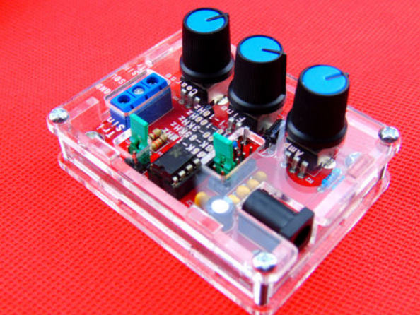 Function Signal Generator Kit Sine, Triangle, Square Output 1HZ-